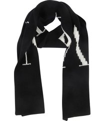 valentino initials knit scarf