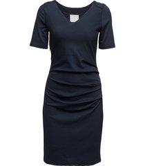 india v-neck ½ sleeve knälång klänning blå kaffe