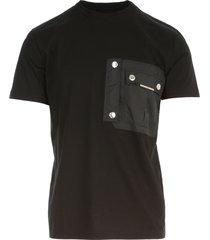 regular t-shirt w/nylon zipped pocket