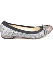 chanel ballerines silver textured leather cc cap toe flats black/silver/logo sz: 5