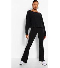 setje van lange zachte boothals ingekort topje en broek met uitlopende pijpen, zwart