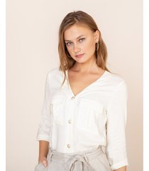 camisa lino con bolsillos
