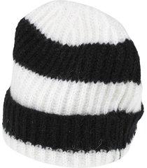 kontatto hats