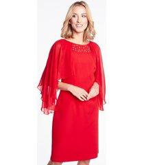 czerwona sukienka z narzutką