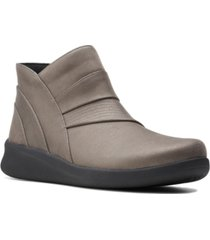 clarks cloudsteppers women's sillian 2.0 rise booties women's shoes