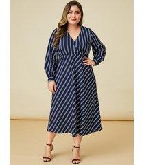 vestido largo de manga larga con rayas y diseño azul marino de yoins plus size