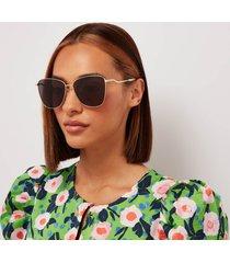gucci women's cat eye metal frame wave sunglasses - gold/grey
