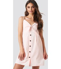 na-kd tie front button mini dress - pink
