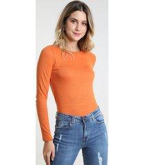 suéter feminino básico em tricô decote redondo laranja