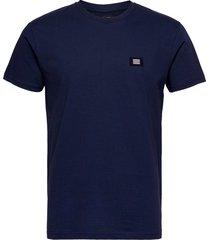bork thur badge t-shirts short-sleeved blå mads nørgaard