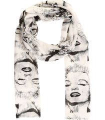 pashmina marilyn face blanco fight for your right