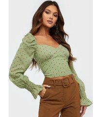 glamorous puffy dot blouse festblusar