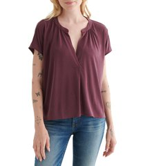 lucky brand split neck top, size small in winetasting at nordstrom