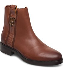 th interlock leather flat boot shoes boots ankle boots ankle boot - flat brun tommy hilfiger