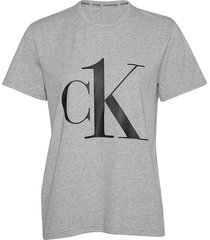 ck one coord top short sleeved crew neck