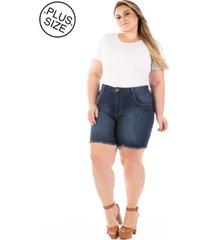 shorts jeans com puídos e desfiado plus size