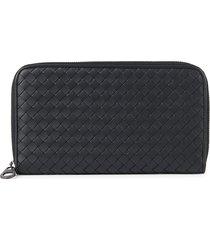bottega veneta men's intrecciato leather continental wallet - black