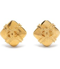 chanel pre-owned cc diamond-shaped ribbon clip-on earrings - gold
