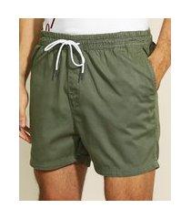short de sarja masculino com cordão e bolsos verde militar