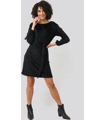 trendyol textured belted mini dress - black