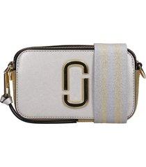 marc jacobs snapshot shoulder bag in platinum leather