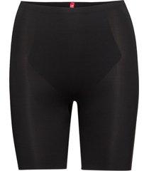short thinstincts lingerie shapewear bottoms svart spanx