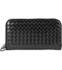 bottega veneta men's intrecciato leather continental wallet - nero