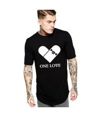 camiseta criativa urbana long line oversized one love skate