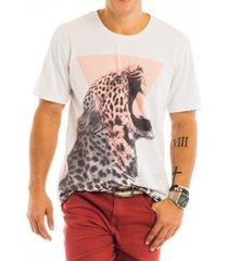 camiseta masculina onã§a triã¢ngulo estampa frontal - area verde - multicolorido - masculino - dafiti