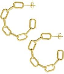 frozen chain link c hoop earring in gold plate