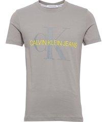 vegetable dye monogram slim tee t-shirts short-sleeved grå calvin klein jeans