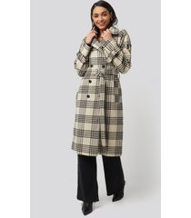 na-kd trend checked belted coat - multicolor