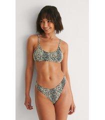 na-kd swimwear ormmönster högt skuren bikinitrosa - beige