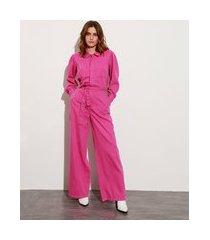 macacão com bolsos e faixa para amarrar manga bufante mindset rosa escuro