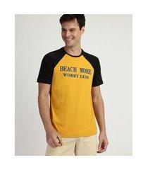 "camiseta masculina beach more worry less"" manga curta raglan gola careca amarela"""
