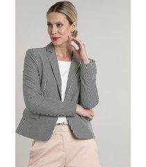blazer feminino básico listrado com bolsos e botão preto