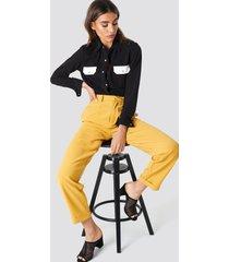 na-kd trend high waist wide leg pants - yellow