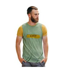 camiseta masculina textura destroyed fita amarela