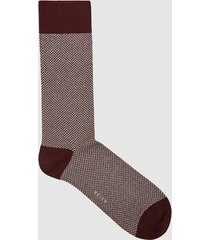 reiss foster - herringbone socks in ecru/bordeaux, mens