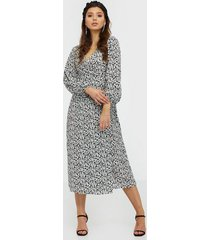 glamorous long sleeve floral midi dress klänningar
