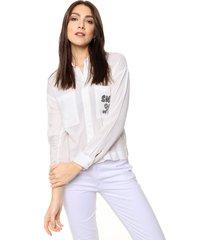 blusa blanca etam jeans encaje