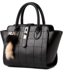 new design women handbag high quality pu leather hand bag with fur ball