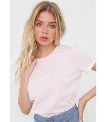 camiseta tommy hilfiger graphic rosa - rosa - feminino - algodã£o - dafiti