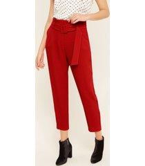 pantalon tiro alto bolsillos diagonales con cinturon en tela unicolor rojo 16