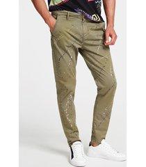 spodnie ze zwężanymi nogawkami fason slim