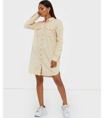 noisy may nmsophie l/s short dress långärmade klänningar