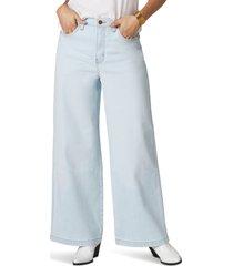 women's wrangler wide leg jeans