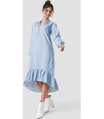 na-kd boho buttoned neckline puff sleeve dress - blue