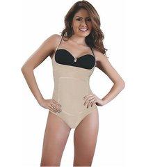 body senos libres térmico en el area del abdomen italiana beige