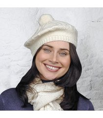 handknitted adults beret cream